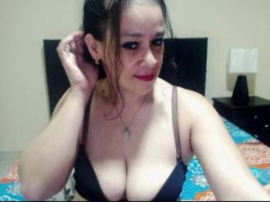 AlexiisMature Webcam